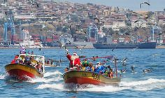 #Dakar2013 #TheDakar fever has not arrived yet in #Chile - in Valparaiso #SantaClaus is doing a boat-tour