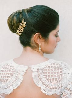 The perfect chignon + hair accessory: http://www.stylemepretty.com/destination-weddings/2016/07/06/youll-want-to-get-married-just-to-wear-this-gown/ | Photography: Taken by Sarah Photography - http://www.takenbysarah.com/