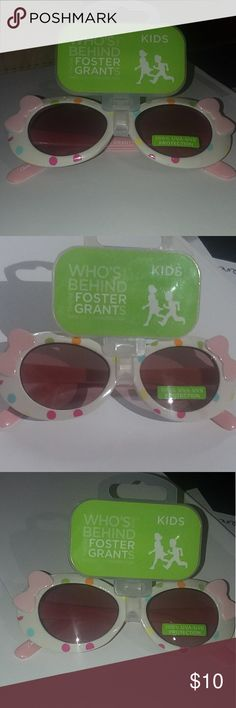 c229a5a993 Foster Grant Kids bow sunglasses Foster Grant for Kids pink bow sunglasses  for girls. Polka