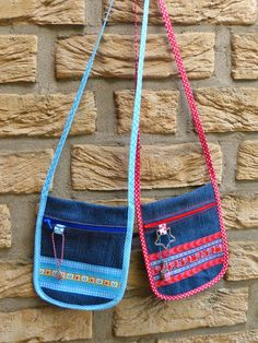 Brustbeutel aus alter Jeans / Neck pouches made from old pair of jeans / Upcycling