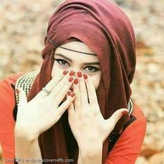 Prettiest DP in Hijab Ideas for Muslim Girls – Girls Hijab Style & Hijab Fashion Ideas Beautiful Hijab Girl, Beautiful Muslim Women, Beautiful Eyes, Hijabi Girl, Girl Hijab, Wedding Hijab Styles, Hijab Stile, Stylish Hijab, Muslim Beauty