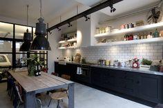 Cocinas industriales de BRICKS Studio