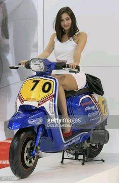 Risultati immagini per lambretta Vespa Bike, Motos Vespa, Lambretta Scooter, Scooter Motorcycle, Vespa Scooters, Motorcycle Girls, Retro Scooter, Scooter Custom, Scooter Girl