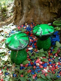FAIRY MUSHROOM x 2 for Fairy Garden - Mischievous  Brother's from Hampton Hill - Casted in Quality Die Stone - (CALC)