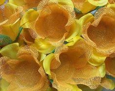 Forminhas de doces amarela