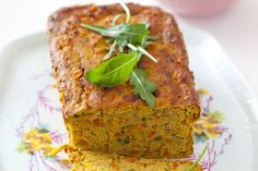 Wegetariański pasztet z soczewicy. Meatloaf, Lentils, Banana Bread, Curry, Veggies, Healthy Eating, Cooking, Desserts, Recipes