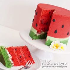 Watermelon Cake Watermelon Cake Credit: Cakes By Lynz Cupcakes, Cupcake Cakes, Watermelon Decor, Watermelon Cake Recipe, Watermelon Cakes, Indian Cake, Cake Recipes, Dessert Recipes, Fingerfood Party
