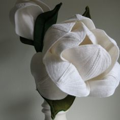 Centerpiece, magnolia, big felt flower, felt wedding Felt Flowers, Magnolia, Modern, Centerpieces, Wedding Day, Big, Felted Flowers, Pi Day Wedding, Trendy Tree