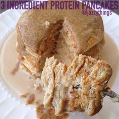 3-Ingredient Protein Pancakes  Makes: 2 (basically enough for 1 person, but you can multiply the recipe very easily to make more) Nutritional profile:  226 calories 20 g carbs 29 g protein  Ingredients  ½ cup oats 1 scoop protein powder about ¼ cup almond milk