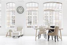 Riverdale Wandklok Grand Cafe Wit - Ø63 cm - Sweet Living Shop