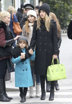 Mother Daughter Shopping Day for Jessica Alba and Honor in Paris