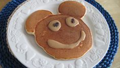 Crêpes Mickey Mouse Pancakes, Mickey Mouse, Brunch, Menu, Cookies, Facebook, Breakfast, Desserts, Food