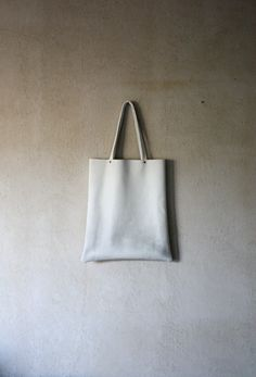 XL White airbrushed leather shopper by thehouseof4 on Etsy