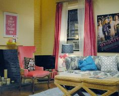 Shoshanna's apartment, Girls.
