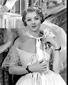 The Great Ziegfeld, starred Myrna Loy as Billie Burke. Burke, the actress… Golden Age Of Hollywood, Vintage Hollywood, Classic Hollywood, Hollywood Style, Hollywood Glamour, Thin Man Movies, Old Movies, Myrna Loy, The Great Ziegfeld