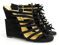 Manolo Blahnik Designer Replica Shoes. Strappy goodness. #freaky #shoes