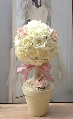 Baby shower table centrepiece shabby chic 42 ideas for 2019 Topiary Centerpieces, Baby Shower Table Centerpieces, Wedding Centerpieces, Topiary Trees, Shabby Chic Baby Shower, Chic Wedding, Pink Roses, Floral Arrangements, New Baby Products