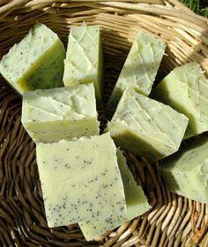 Letnie mydło ogórek&aloes. – UKRĘCONE Natural Cosmetics, Healthy Baking, Soap Making, Feta, Fruit, Diy, Bricolage, Do It Yourself, Homemade