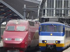Thalys and a Sprinter at Amsterdam Central 2015