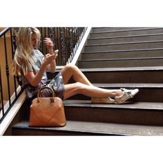 Just chillin' on the stairs - decked out in #ggdb from head to toe (bag inc.) #teamboboli #goldengoose #donkeykong