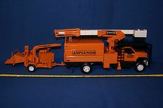 Asplundh GMC Tree Trim Truck w Hi Ranger Boom Lift and Wood Chuck WC 17 Chipper | eBay