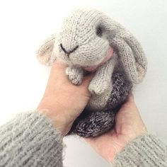 Crochet Amigurumi Rabbit Patterns Ravelry: Holland Lop Rabbit pattern by Claire Garland - This is a homage to a little grey lop-eared bunny that we used to have - she was called Nibbles and she was indeed this tiny when we brought her home… Knitting Needles, Free Knitting, Baby Knitting, Knitting Toys, Knitting Ideas, Quick Knitting Projects, Loom Knitting, Knitting Stitches, Knitted Bunnies