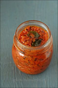 My Diverse Kitchen: Thakkali Thokku (South Indian Spicy Tomato Chutney/ Pickle)