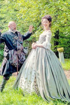 """The Great Debate – Horny Grannies & Outlander When it comes to Sam Heughan, the Outlander star who embodies James Fraser, I'll admit I'm one of the """"horny grannies"""" his co-star, Caitriona… Outlander Season 1, Outlander 3, Sam Heughan Outlander, Outlander Wedding, Outlander Clothing, Diana Gabaldon Outlander Series, Outlander Book Series, Graham Mctavish, Mejores Series Tv"""