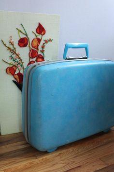 Baby Blue Samsonite Silhouette Suitcase - http://oleantravel.com/baby-blue-samsonite-silhouette-suitcase