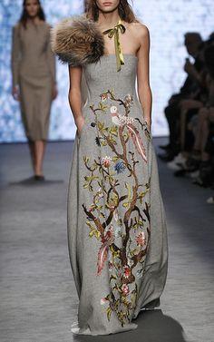 Alberta Ferretti Look 25 on Moda Operandi