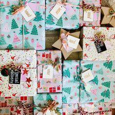 that's a wrap 🎁 Merry Christmas Eve, friends! Christmas Eve Quotes, Merry Christmas Images Free, Merry Christmas My Friend, Christmas Jokes, Christmas Eve Box, Magical Christmas, Christmas Gifts, Good Morning Christmas, Christmas Design