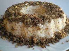 Bu güzel yöresel pilâvı, Trabzon yöresinde daha sık görmeniz mümkündür. Trabzon'a ziyarete gidenler, bu pilâvı yemeden dönmezler. Bu lezzetli pilâv tarifi, sizlerin damak zevkine uygun pir pilâvdır. Turkish Mezze, Turkish Sweets, Rice Recipes, Meat Recipes, Cookie Recipes, Turkish Recipes, Italian Recipes, Ethnic Recipes, My Favorite Food