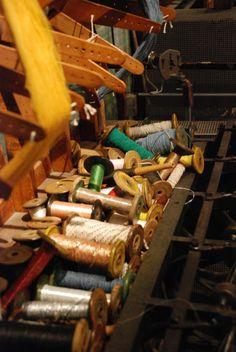 Kunst & Koffie: Vijf beelden: TextielMuseum editie, 'garenbak' passement