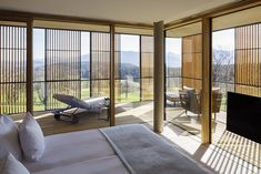 Guest room at the Lanserhof Tegernsee in Waakirchen, Germany designed by Ingenhoven Architects Interior Design Process, Heavenly Places, Design Hotel, Elle Decor, Design Awards, Decoration, Interior Architecture, Resorts, New Homes
