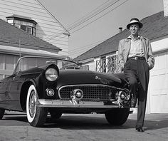 Sinatra and his Thunderbird. 1955