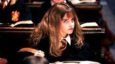 Hermione Granger, Harry Potter Hermione, Harry Potter Pictures, English Actresses, Emma Watson, Annoying People, Memes, Hogwarts Letter, Fandoms