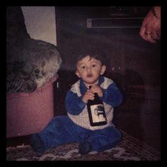 büyüdüm büyüdüm efesle büyüdüm, beşikler bana dardı efesle büyüdüm.