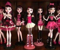 All Monster High Dolls, Monster High Art, Love Monster, Scene Kids, Emo Scene, Princesa Emo, Personajes Monster High, Emo Princess, Catty Noir
