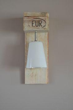Appliques luminaires en bois