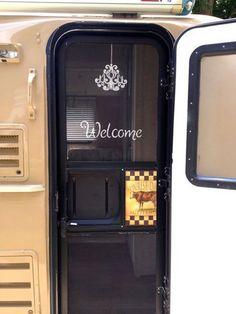RV Hacks: Awesome Trailer Camping Ideas, Make Your Happy Camper - Creative Maxx Ideas Rv Campers, Camper Trailers, Travel Trailers, Happy Campers, Travel Trailer Decor, Rv Travel, Motorhome, Casita Camper, Travel Trailer Organization