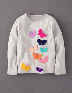 Mmm i know a few little irks that this would be cute on next winter :) Mini Boden 'Fluttery' Appliqué Tee (Toddler, Little Girls & Big Girls) Little Girl Fashion, Little Girl Dresses, Little Girls, Kids Fashion, Toddler Fashion, Sewing For Kids, Baby Sewing, Mini Boden, Kind Mode