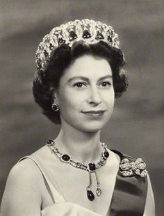 portraits of queen elizabeth ii - Google Search