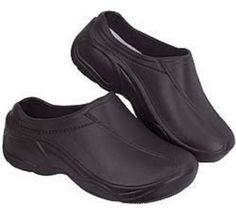 Leslie    Natural Uniform Comfortable Lightweight Nurse Nursing Slip Clogs Black 8 Natural Uniforms http://www.amazon.com/dp/B002BWR85K/ref=cm_sw_r_pi_dp_TinCvb1Z0PY4D
