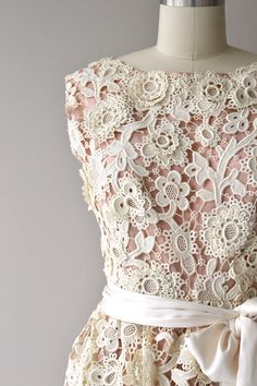 Norman Norell dress, vintage 1960s | Dear Golden Vintage