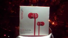 UrBeats In-Ear Headphones with Mic On SAle Selling Fast