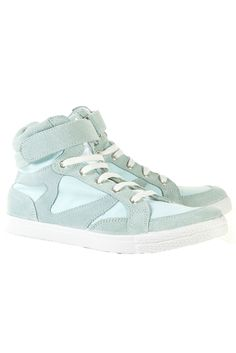 51e829127264 267 Best Well Heeled images   Shoes sneakers, Free runs, High tops