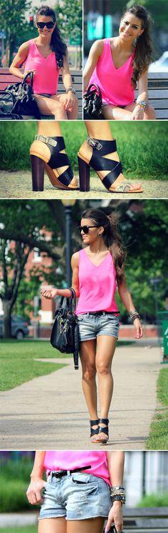 """28/05/2012 Blusa: Petticoat Alley / Shorts: LaPaiva / Sandália: Zara / Bolsa & Cinto: Steve Madden / Pulseira """"Skull"""": Ludora Boutique / Pulseira Spikes: ASOS/ Relógio: MK / Óculos: Versace"""