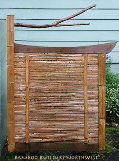 Pergola In Front Yard Code: 3591722475 Tropical Garden Design, Hot Tub Garden, Lakeside Living, Garden Animals, Modern Crafts, Bamboo Fence, Diy Pergola, Cheap Pergola, Outdoor Projects