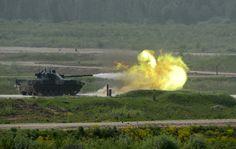 'Ejército 2015': Rusia presenta su armamento terrestre, naval y aéreo más avanzado
