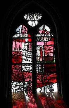 Kerkgebouwen in Limburg Modern Stained Glass, Stained Glass Designs, Stained Glass Panels, Stained Glass Art, St Michael, Contemporary, Mosaics, Windows, Painting